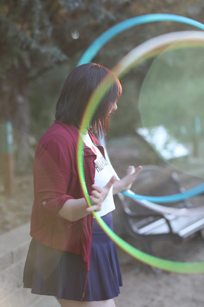 claire loves hula hooping